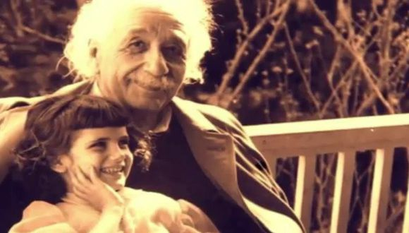Revelan supuesta carta que Albert Einstein escribió a su hija