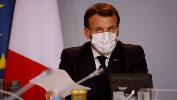 El presidente de Francia Emmanuel Macron convocó un nuevo Consejo de Defensa y de Seguridad Nacional (CDSN) que buscará tomar medidas progresivas ante la pandemia por el Covid-19 hasta antes de la Navidad. (Foto: AFP)