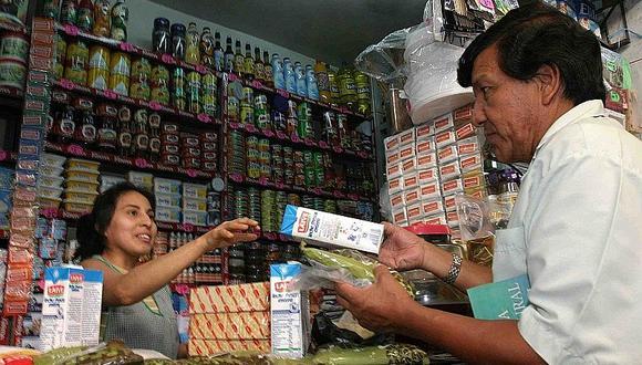 Peruanos están optando por comprar más en bodegas y mercados