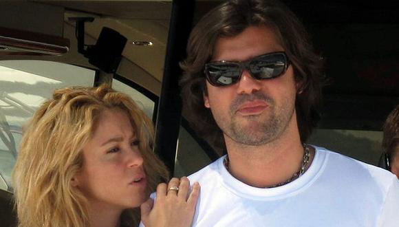 """Abogado de Shakira llama """"parásito"""" a De La Rúa"""