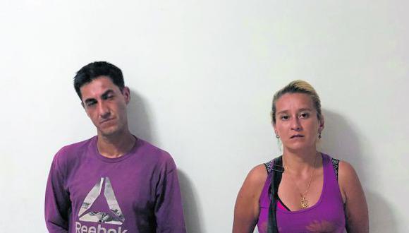 Los detenidos se encontraban en el interior de una carpa, en el barrio Los Pinos, cuando fueron intervenidos por los agentes del orden.