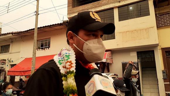 En plena protesta George Forsyth llega a Huancavelica