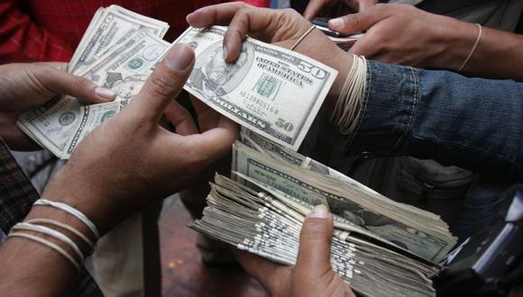 En el mercado paralelo o casas de cambio de Lima, el tipo de cambio se cotizaba a S/ 3.640 la compra y S/ 3.680 la venta. (Foto: GEC)