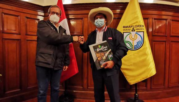 """Castillo Terrones indicó que las reuniones con los burgomaestres buscan """"impulsar el desarrollo de los pueblos priorizando la salud"""". (Foto: Municipalidad de Miraflores)"""