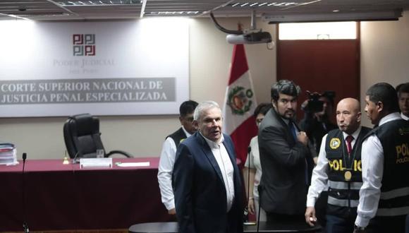 Dictan 24 meses de prisión preventiva contra Luis Castañeda Lossio. Foto: Hugo Pérez
