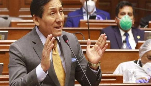 La Comisión de Ética rechazó investigar al congresista Carlos Almerí.