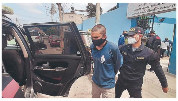Un hombre que robo autopartes de vehículos, focos y sillas fue detenido dentro de local