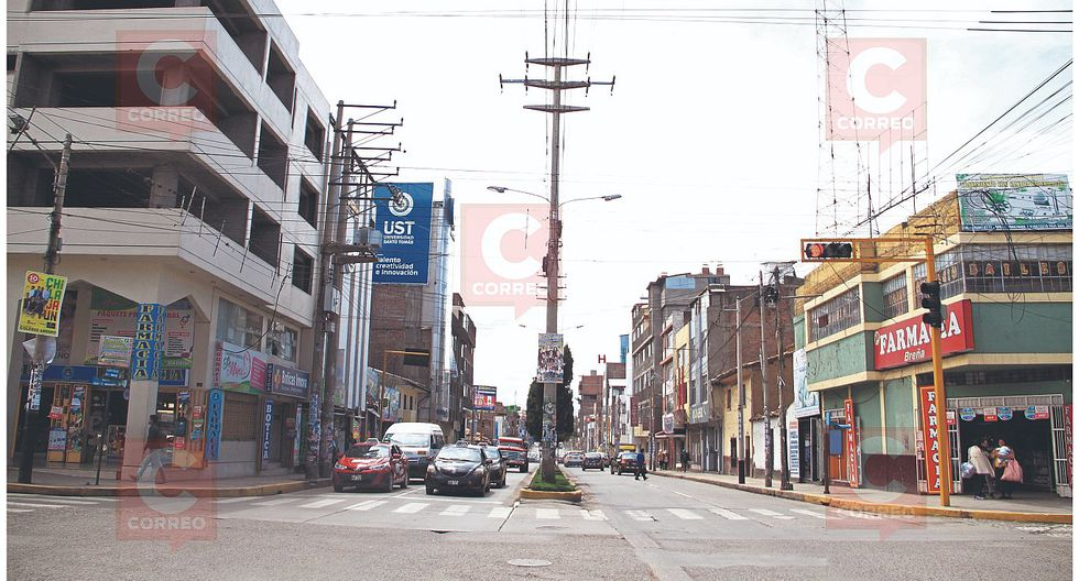 Mil puestos para feria navideña se ubicarán en Av. Huancavelica