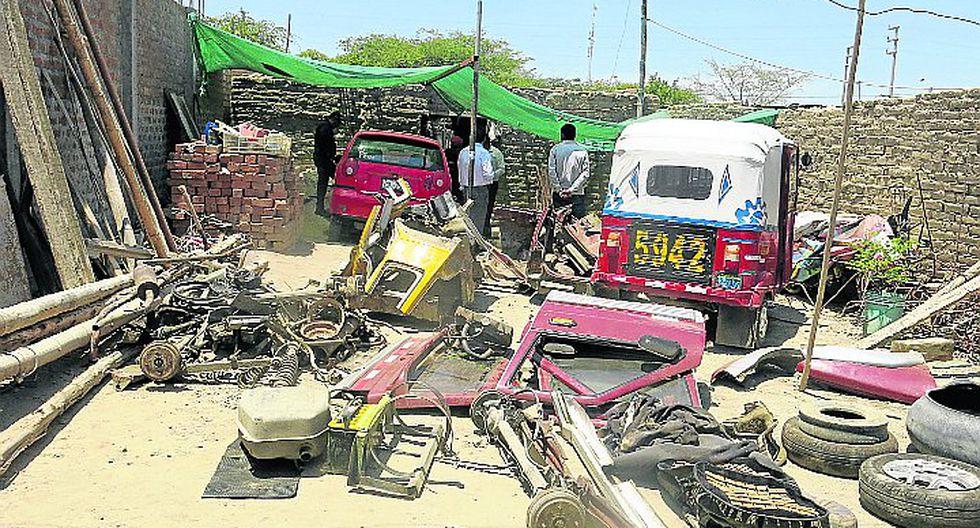 PNP halla caleta donde se desmantelaban autos robados