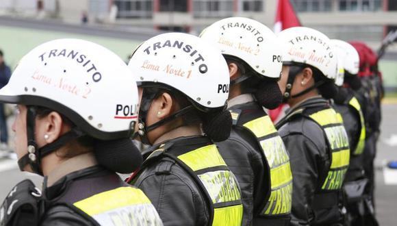 Ascienden a policía de Tránsito que frustró asalto
