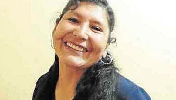 Puneña Selmira Cruz ganó Palmas Magisteriales en grado de Maestro