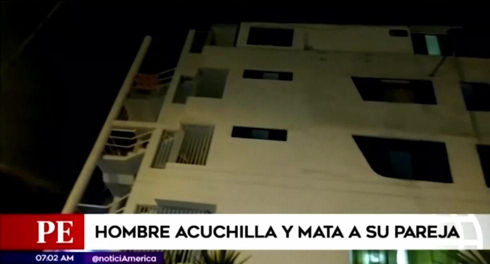 El hecho ocurrió el último lunes al interior del quinto piso de una vivienda ubicada en la Urb. Pacífico. (Foto captura: América Noticias)