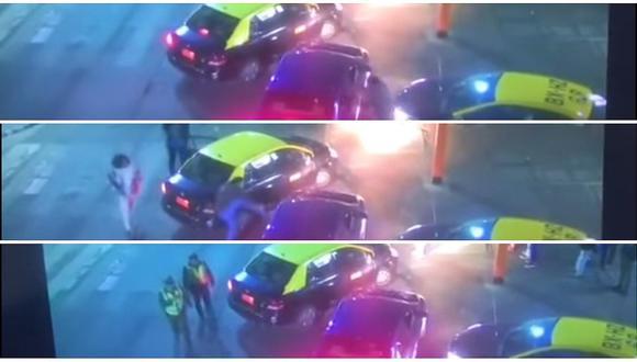 Taxistas chilenos agredieron a conductor de Uber (VIDEO)