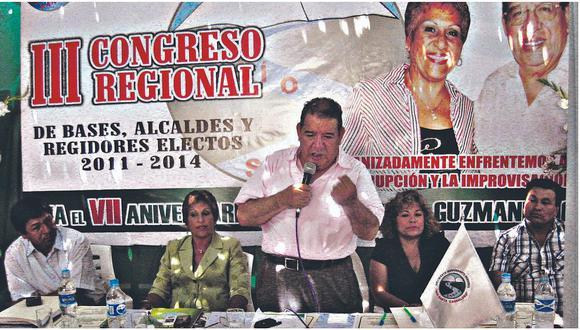 """Guzmán Aguirre: """"Vamos a expectorar a los que han hecho daño al partido"""""""
