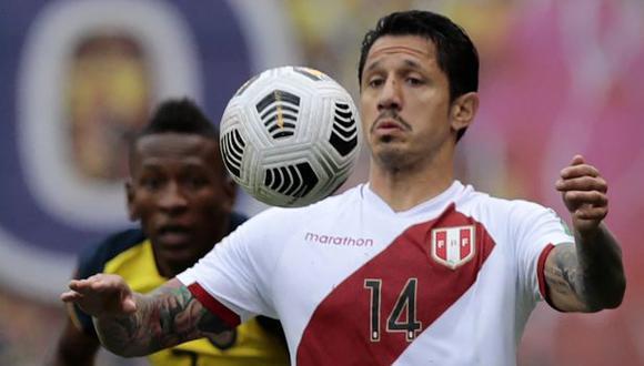 Gianluca Lapadula debe resolver su futuro durante agosto. (Foto: AFP)