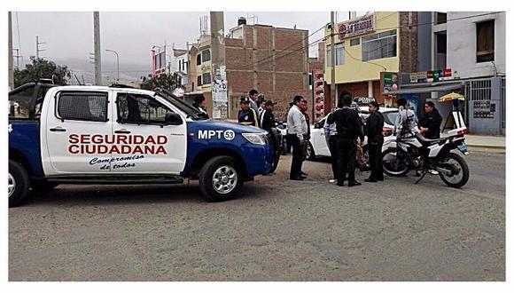 Trujillo: Choque entre taxi y motocicleta deja un herido