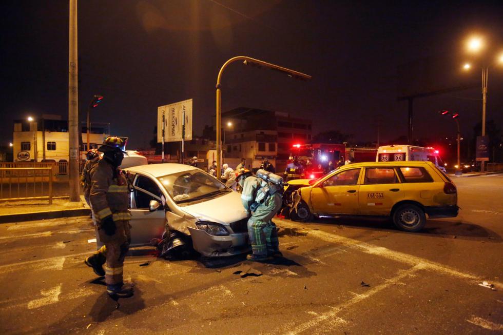 Así quedaron los vehículos que protagonizaron el accidente. Fotos: Cesar Grados/@photo.gec