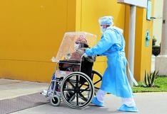 Hospitalización de pacientes contagiados de COVID-19 se reduce en el hospital Carrión de Huancayo