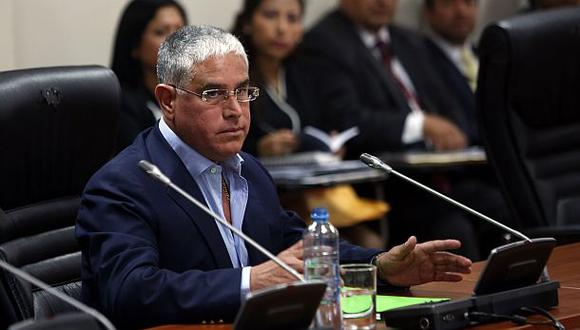 La misma sentencia se dictó para el ex director de la Policía Raúl Salazar. En tanto, el ex jefe de la VII Región Policial de Lima Miguel Praeli Burga y el ex jefe de Radiopatrulla Edgard Reyneer del Castillo Araujo fueron absueltos.