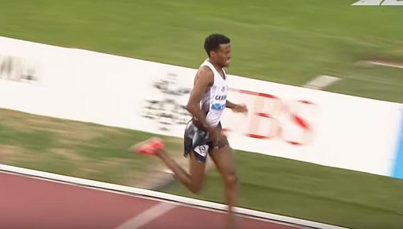 Atleta celebra triunfo antes de tiempo y queda en décimo lugar (VIDEO)