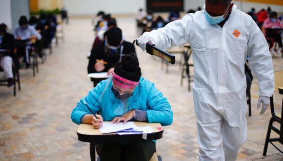 A nivel nacional la vacunación contra el COVID-19 sigue avanzado. Actualmente se vacunan a mayores de 18 años | Foto: Hugo Curotto / @photo.gec