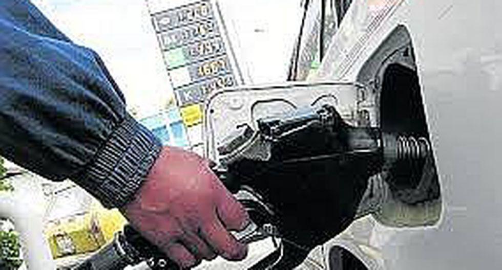 Refinerías suben precios de los combustibles
