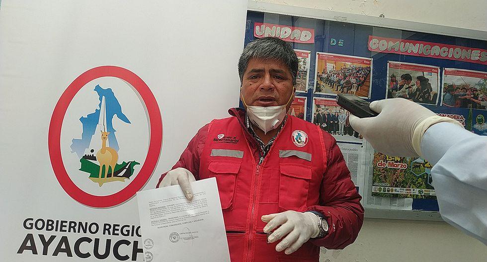 Destituyen del cargo a funcionario por haber participado en reunión social en plena emergencia