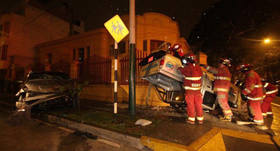 Camioneta de serenazgo se volcó tras feroz persecución
