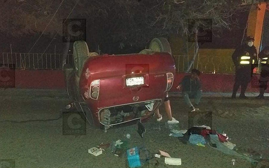 conductor-se-habria-quedado-dormido-y-causa-accidente-dejando-heridos-y-sin-energia-electrica-en-tacna