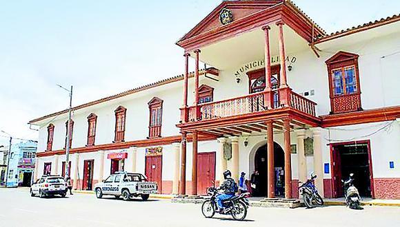 Regidores lamentan crisis política en municipio de Jauja en medio de la emergencia