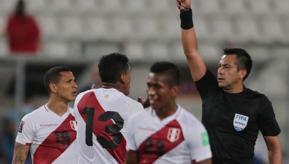 Julio Bascuñán dirigió por tercera vez a la selección peruana. (Foto: AFP / Sebastián Castañeda)