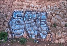 Desconocidos pintan grafiti y dañan muro inca en Cusco
