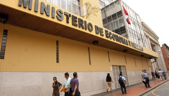 MEF ajusta metodología que actualiza montos del Impuesto Selectivo al Consumo. Foto: Andina
