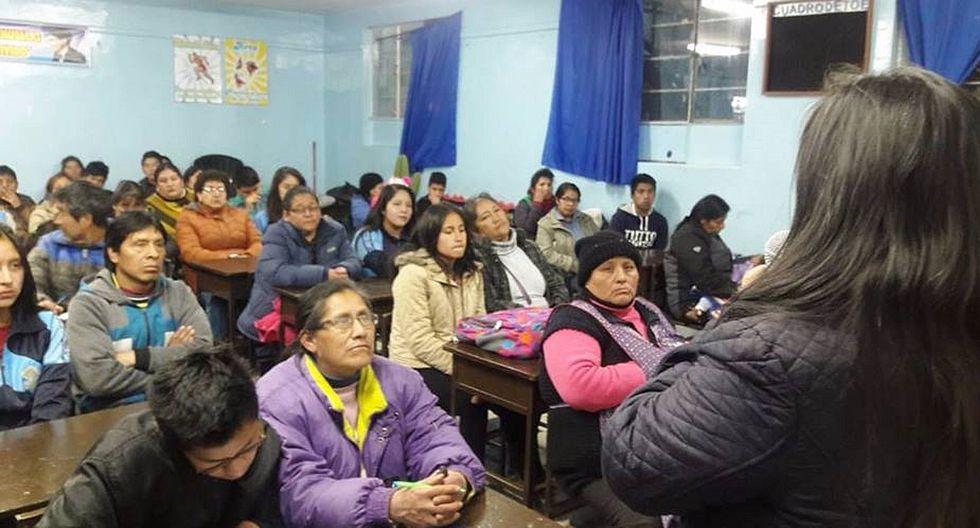 La Oroya: capacitan a 300  familias en relaciones humanas