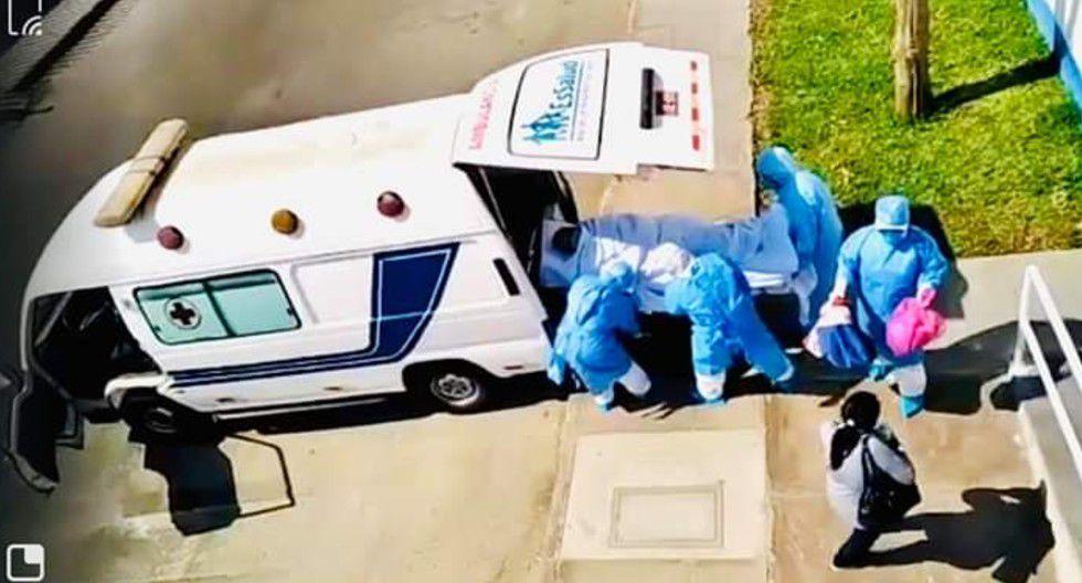 Ica: Momentos en que paciente con coronavirus es llevado a hospital en Lima.
