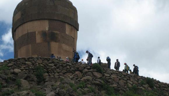 Ministro Castilla asegura que no se afectará al turismo