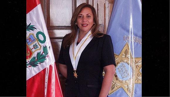 Decana del CAL María Elena Portocarrero lamenta que se pretenda politizar a la institución