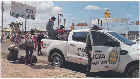 Indocumentados, en su gran mayoría, se desplazan en grupos hacia el sur del país; asimismo, hay contrabandistas que hacen uso de los pases clandestinos.