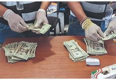 Investigan a extranjero que llevaba $ 30 mil en Tumbes