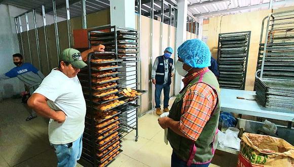 Multan a tres panaderías por insalubres e inseguras en Paita