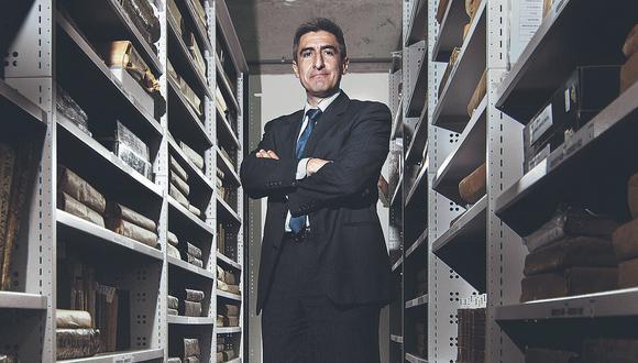 """Alejandro Neyra: """"Nuestro país, como la biblioteca, es una historia de tragedias"""""""