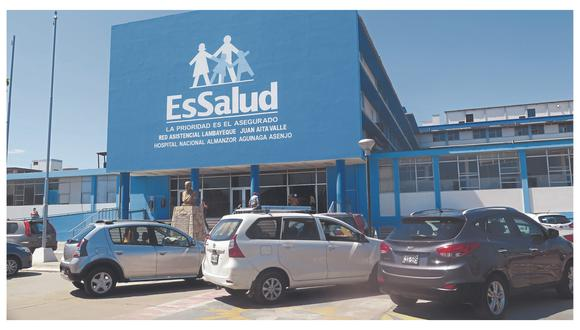 Hospital Almanzor Aguinaga Asenjo tiene 12 pacientes a la espera de una de cama