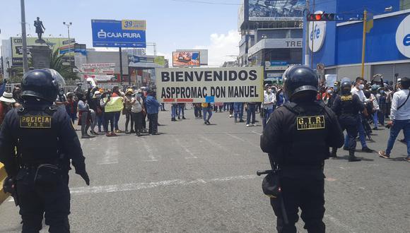 Comerciantes de Arequipa protestaron contra de la cuarentena (Foto: Omar Cruz)