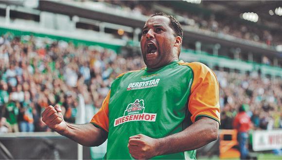 """El excompañero del """"Bombardero de los Andes"""" en Werder Bremen de Alemania está feliz ahora que el peruano es embajador del Bayern Munich"""