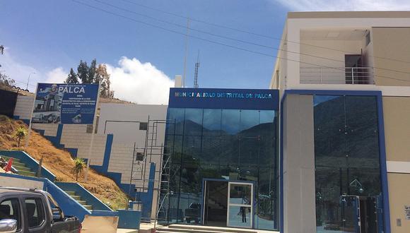 Advierten deficiencias en la obra de sede municipal