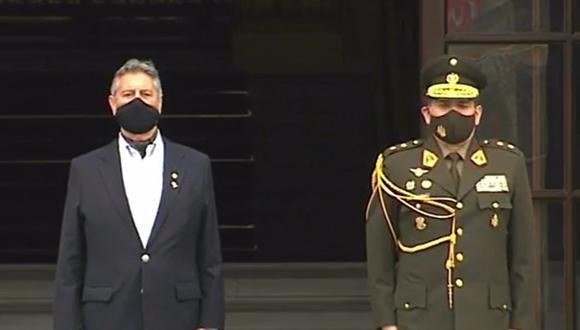 El presidente Francisco Sagasti encabezó la última ceremonia del cambio de guardia. (Foto: Captura TV Perú)