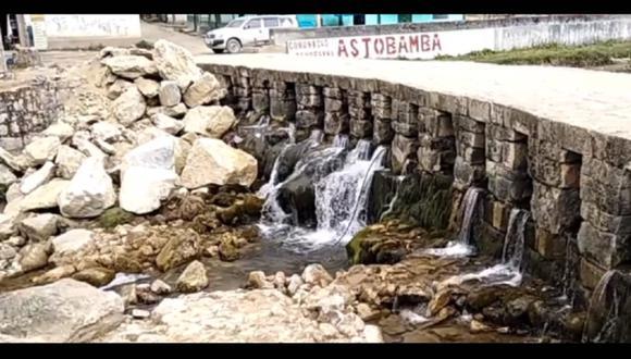Arrojan enormes piedras y afectan estructura en puente inca de Huarautambo, en Pasco. (Foto: Facebook | Noticias de la Región Pasco)