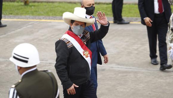 """""""Hoy, gracias al diálogo entre el premier Guido Bellido y nuestras hermanas y hermanos cuzqueños, se levantó el paro de 11 días en Chumbivilcas"""", señaló Castillo. (Foto: Presidencia)"""