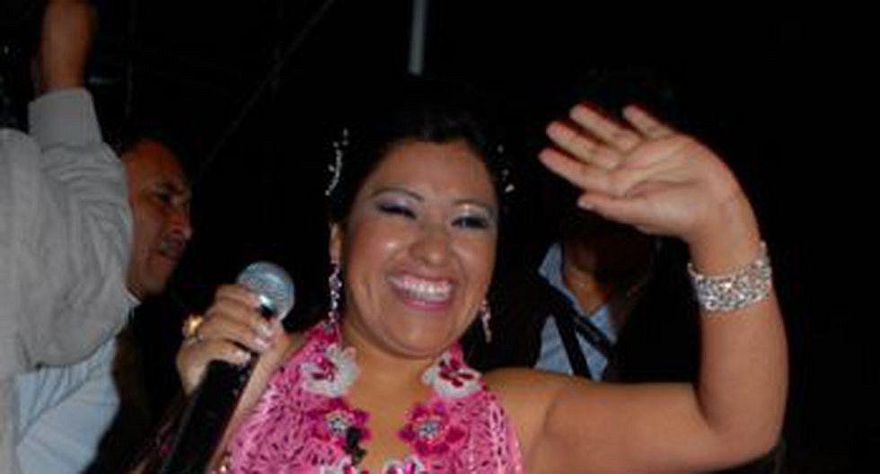 Denunciarán a cantante Fresialinda por estafa en Chala