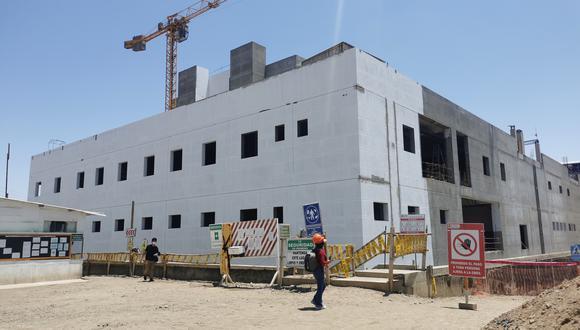 Obra del hospital Hipólito Unanue de Tacna está paralizada desde el 2020. (Foto: Correo)